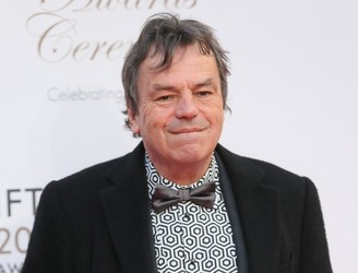 Film Director Neil Jordan Settles Court Action With Dublin Bus Over Fall