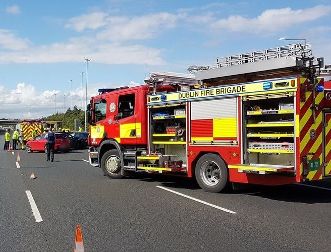 Multi Vehicle Crash Causing Chaos on M50