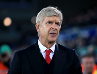 Arsene Wenger finally sees controversial incident