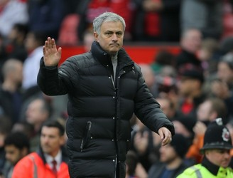 Jose Mourinho moves to end speculation about his future