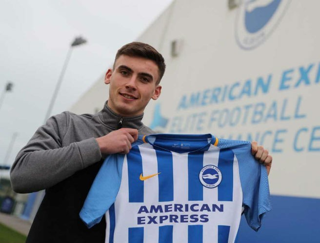 Brighton sign hot young Irish prospect Warren O'Hora from Bohemians