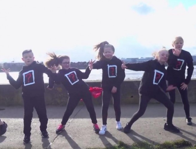 Dublin Dance Group Pay Tribute To Victims Of Florida School Shooting