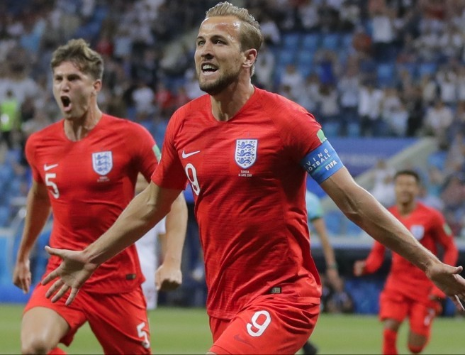 "Pat Nevin | ""I wouldn't be surprised if Harry Kane was top goal scorer"""