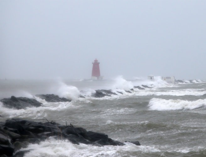 Met Eireann Issues Orange Wind Warning For 13 Counties