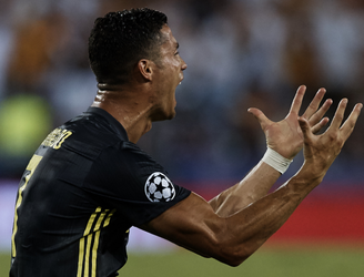 Ronaldo's tears from Juve Champions League pressure & Spain return - Horncastle
