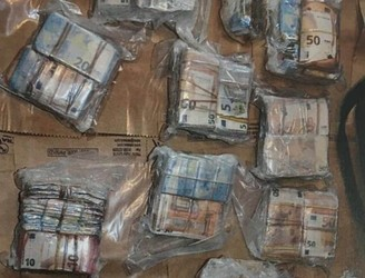 Four Men Being Questioned Following €1.2 Million Cash Seizure