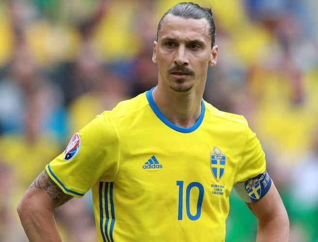 Zlatan Ibrahimovic Confirms Switch To Manchester United