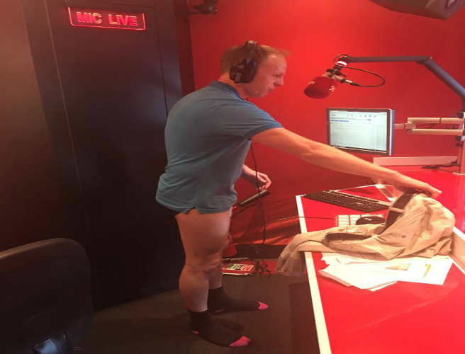 Jeremy Presents Dublin Talks In His Underpants In Protest!!