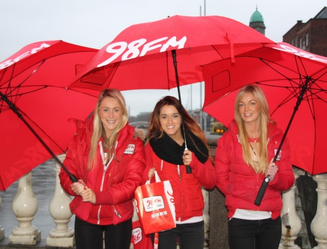 The unmissable 98FM Thunder Team